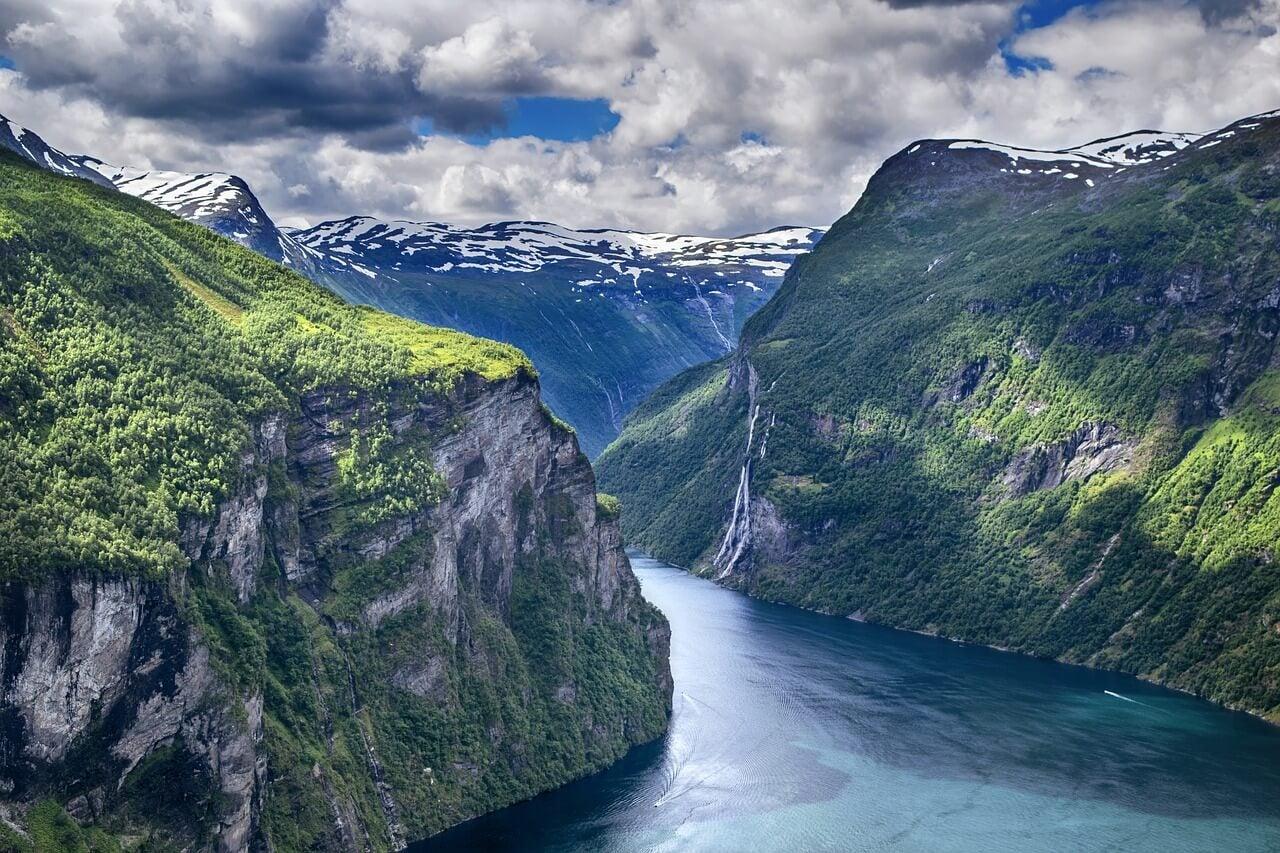 Fiordo en Noruega