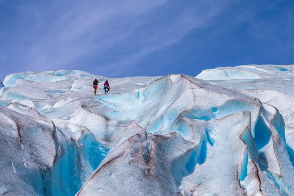 Trekking en el glaciar Jostedal, una experiencia inolvidable