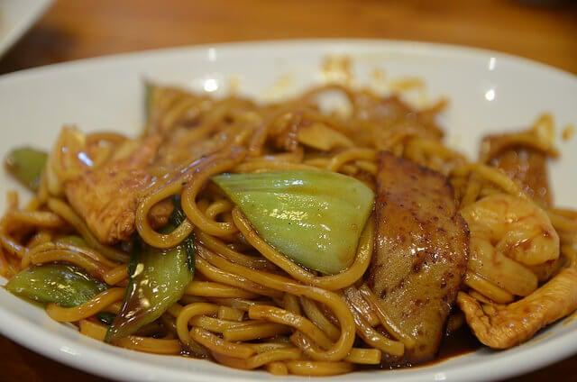 Hokkien Mee, plato de la gastronomía de Malasia