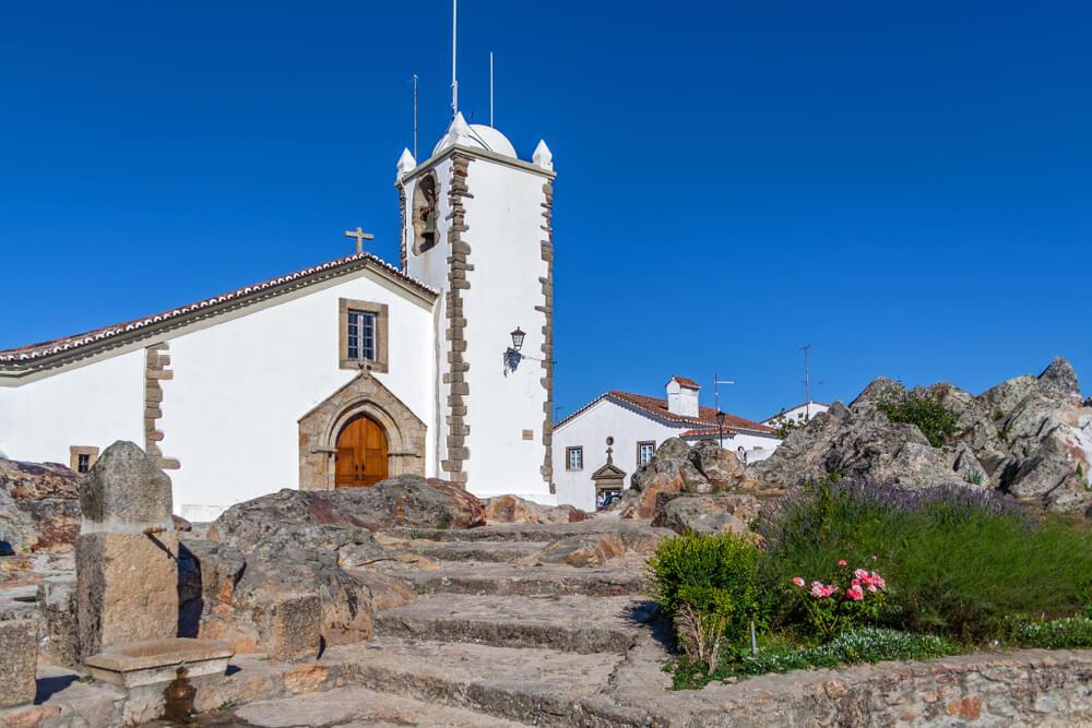 Iglesia de Santiago de Marvao