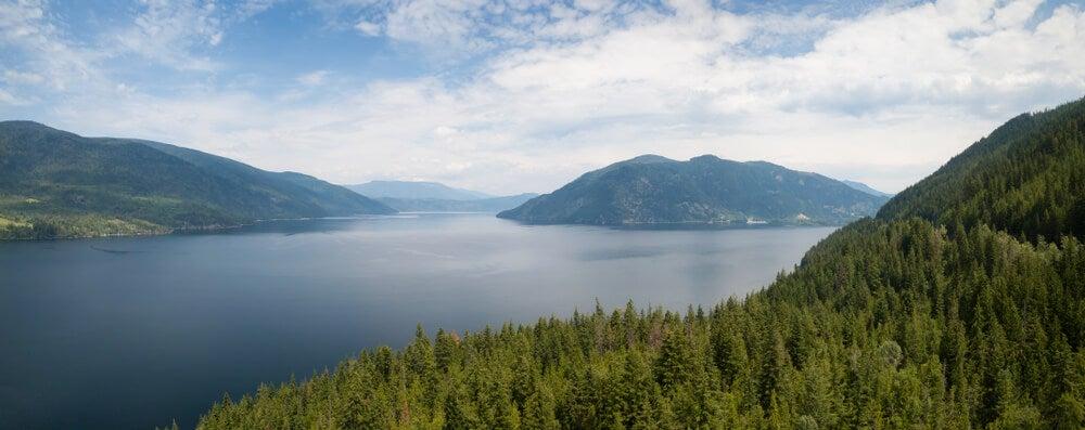 Lago Shuswap cerca de Enderby