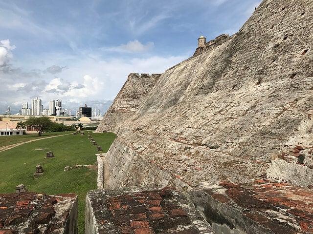 Muros del castillo de San Felipe