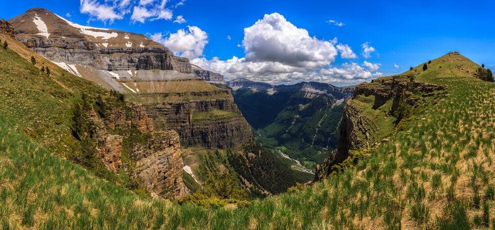 Disfruta de los paisajes de los Pirineos más bonitos