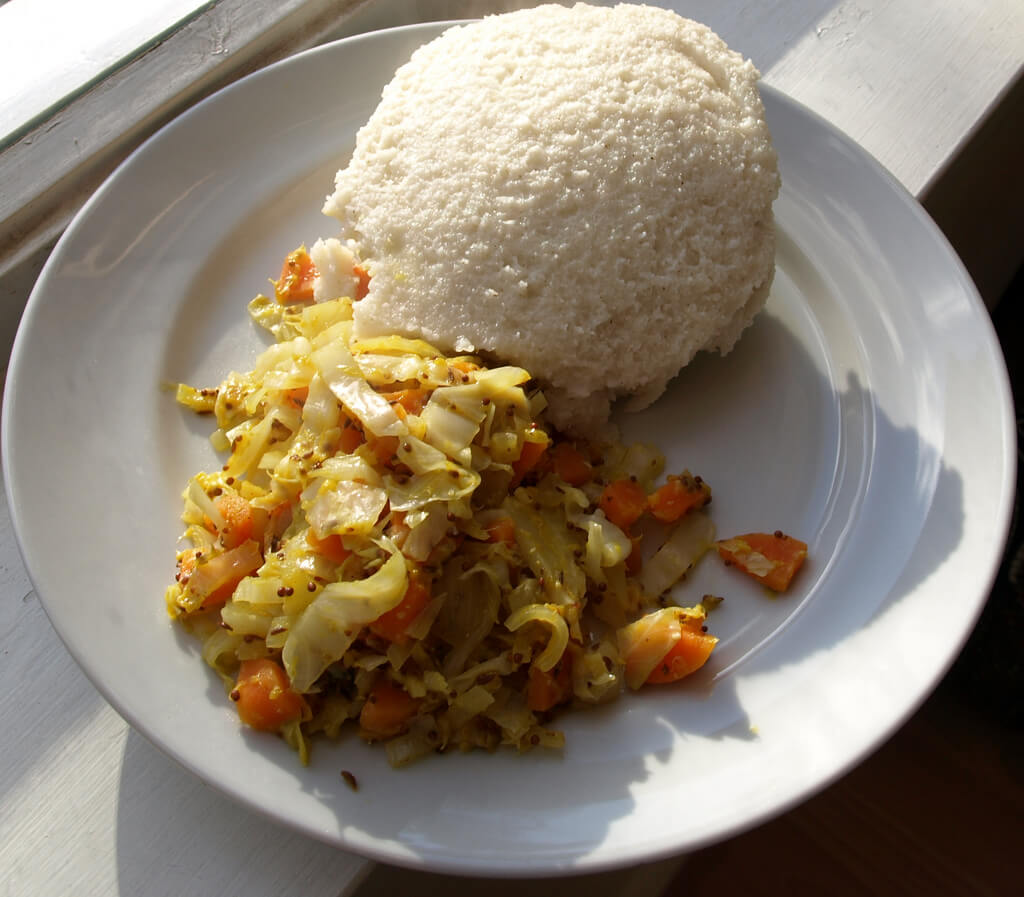 Plato de Ugali, típico de Kenia