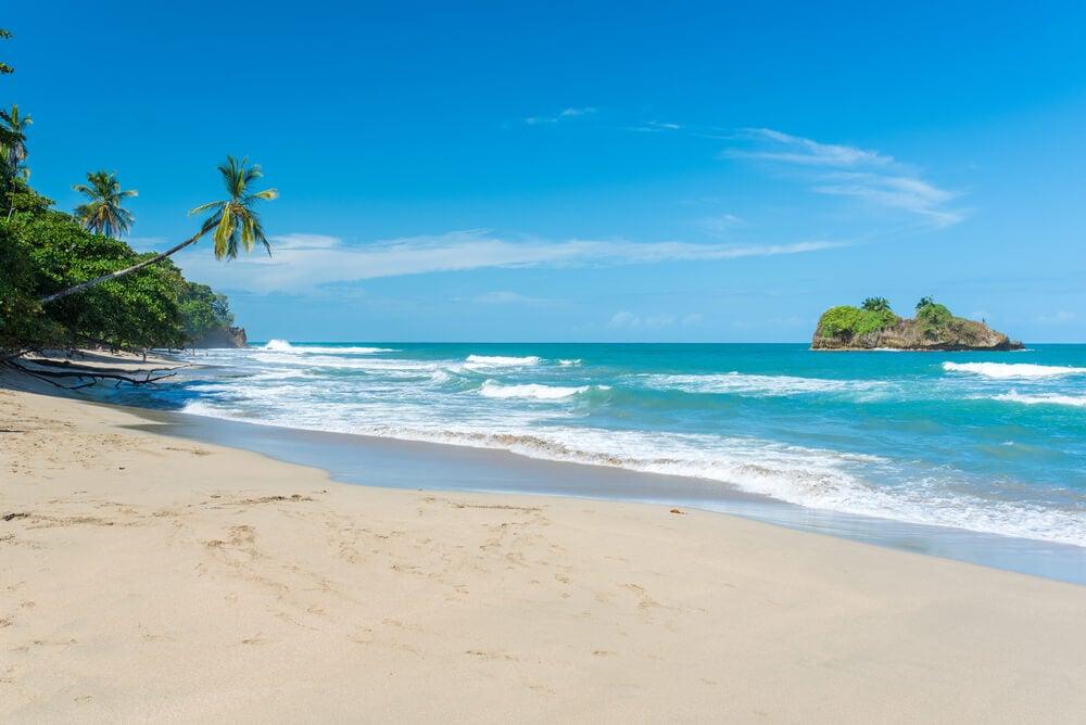 Playa Cocles en Puerto Viejo en el Caribe Sur