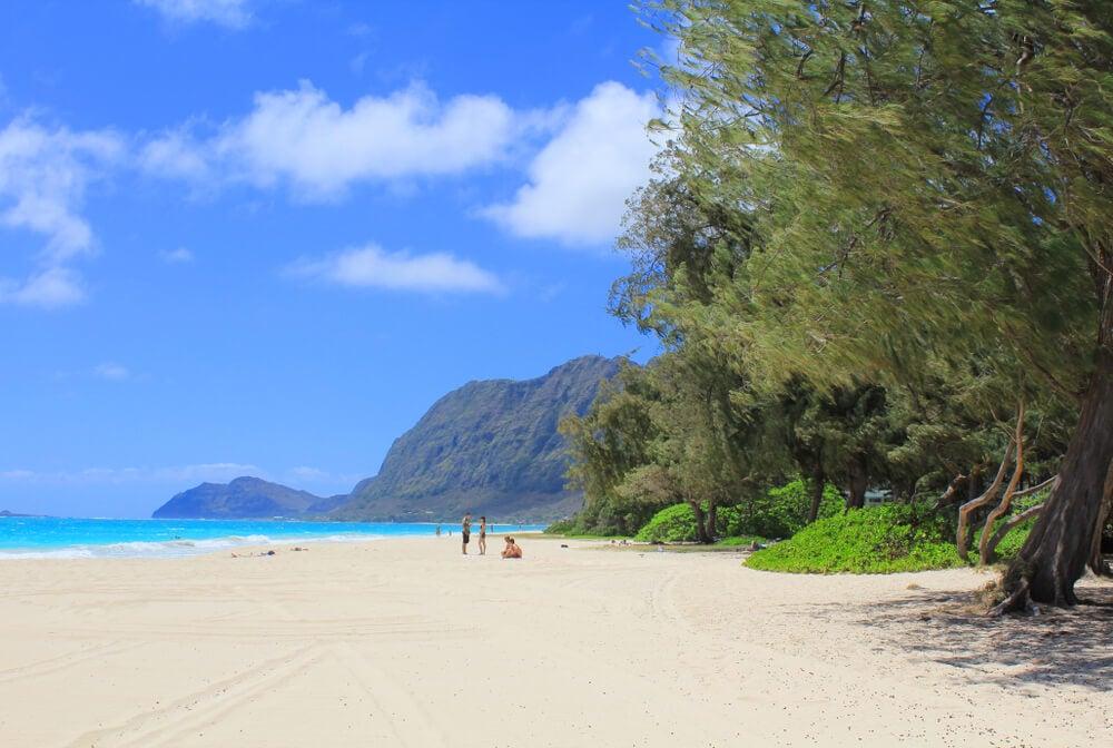 Playa de Oahu, una de las islas para ir en navidad