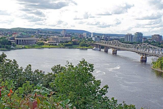 Puente Alexandra en Ottawa