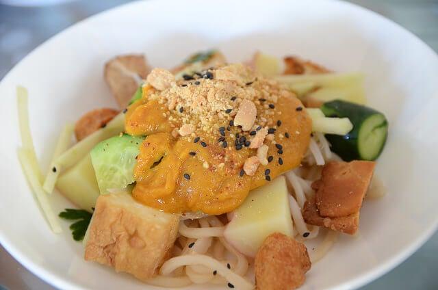 Plato de rojak, comida de Malasia