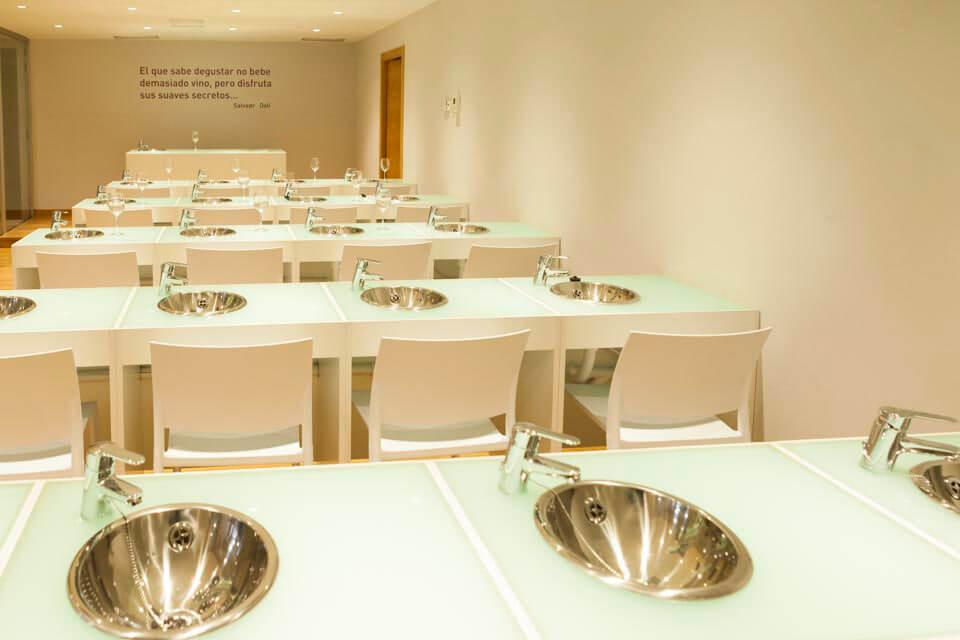Sala de catas del Museo Torre del Vino