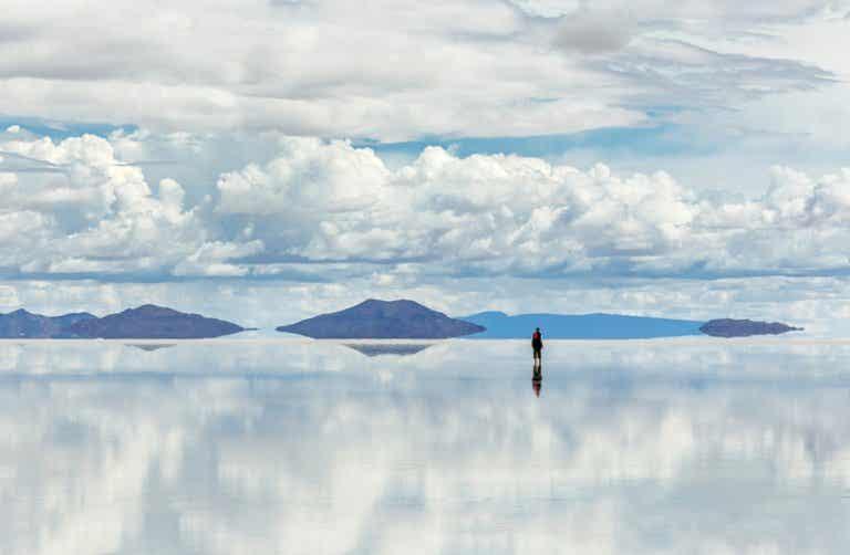 Descubre el encanto del salar de Uyuni en Bolivia