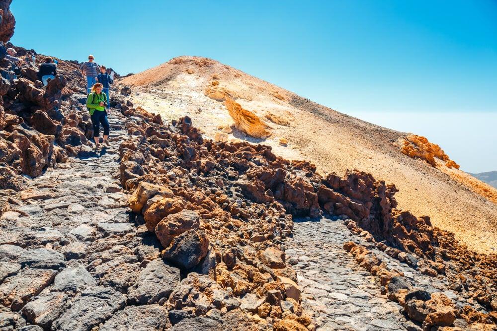 Senderistas en el Teide