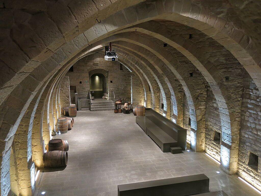 Conoce El Monasterio Mon Sant Benet Cerca De Barcelona Mi Viaje