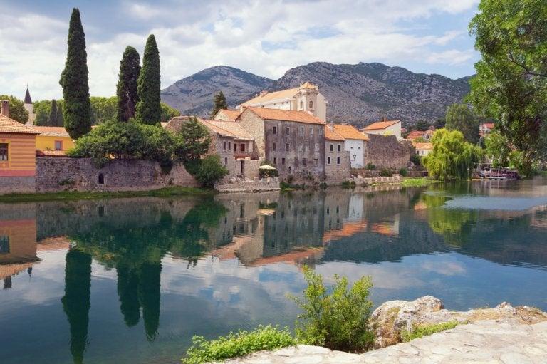 Visitar Trebinje, un pueblo con espíritu mediterráneo