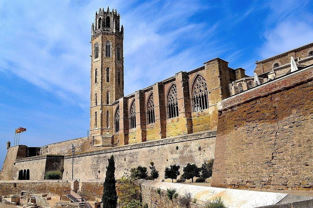 Conoce la antigua catedral gótica de Lleida, la Seu Vella