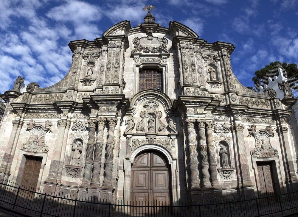 Fachada de la Iglesia de la Compañía en Quito