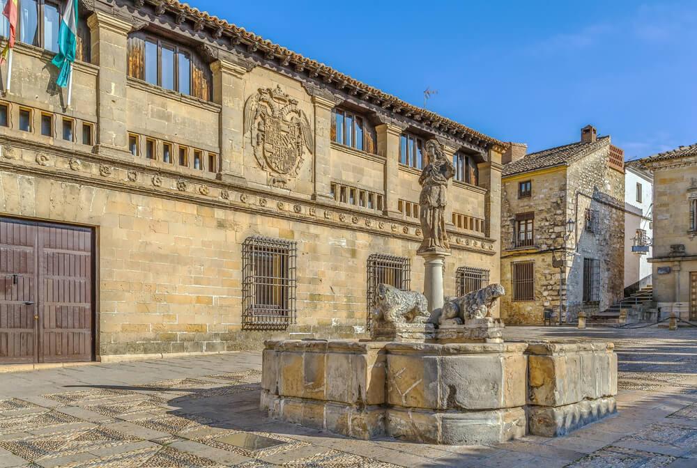 Viaja a la ciudad monumental de Baeza y enamórate