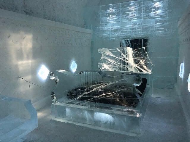 Habitación de un hotel de hielo