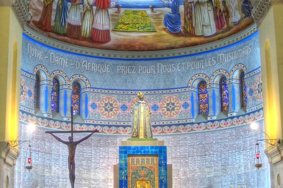 Interior de la Basílica Menor de Nuestra Señora de África