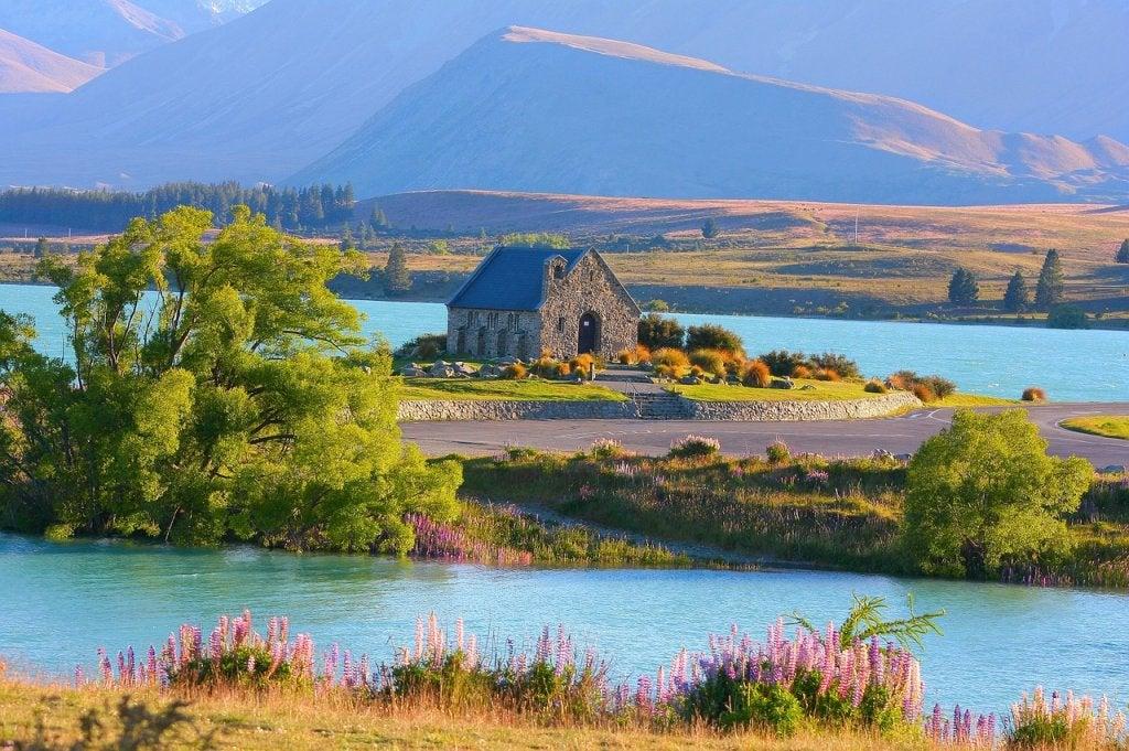 Lago Tekapo, uno de los tesoros naturales de Nueva Zelanda