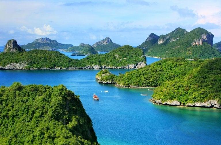 Recorre las bellas islas de Ang Thong en Tailandia