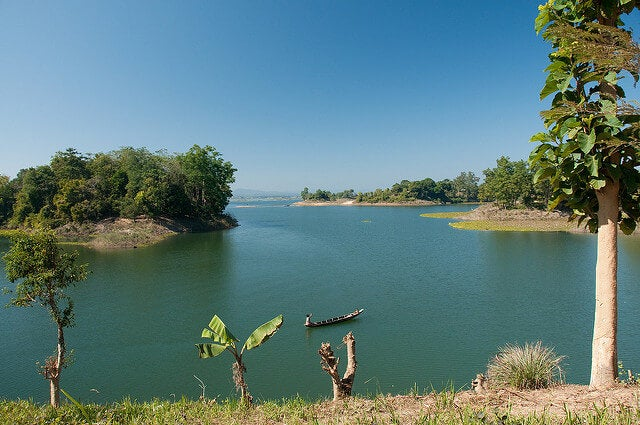 Lago Kaptai cerca de Chittagong