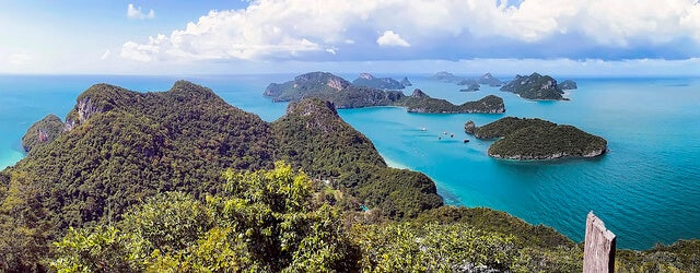 Vistas de las islas Ang Thong desde un mirador