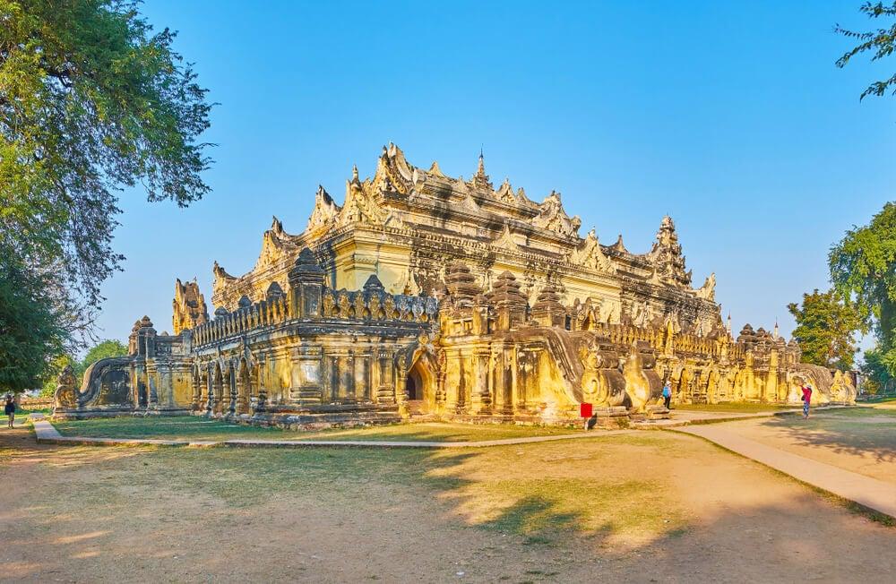 Monasterio Maha Aungmye Bonzan en Inwa