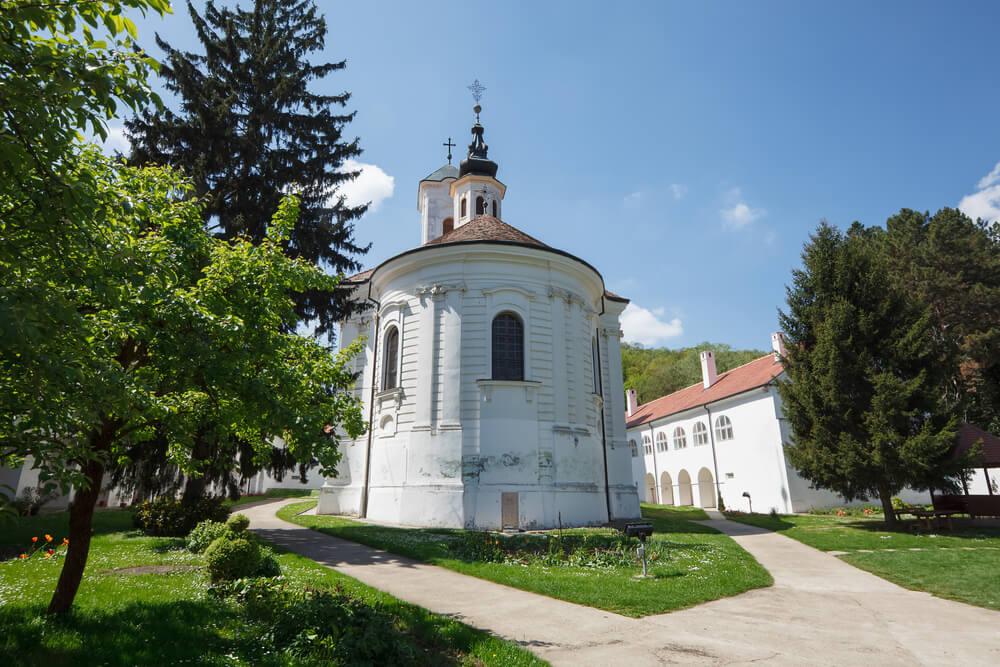 Monasterio Vrdik en Fruska Gora
