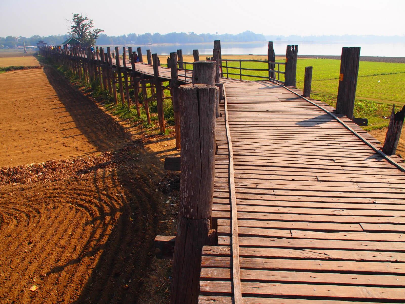 Pasarela del puente de U Bein