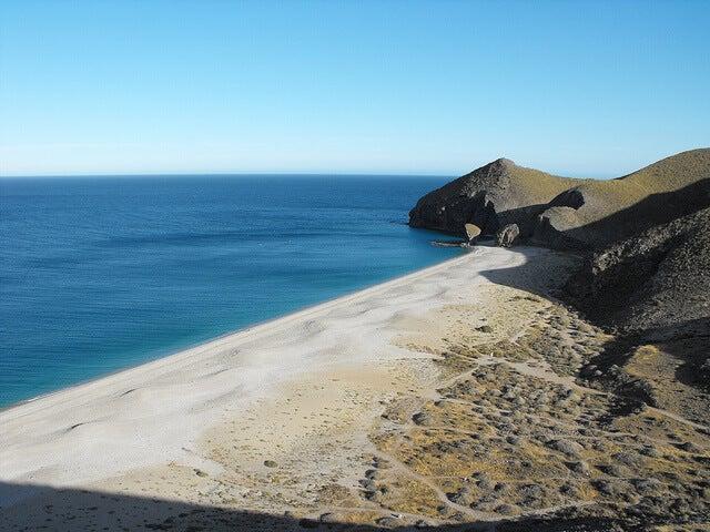 Playa de los Muertos en Almería