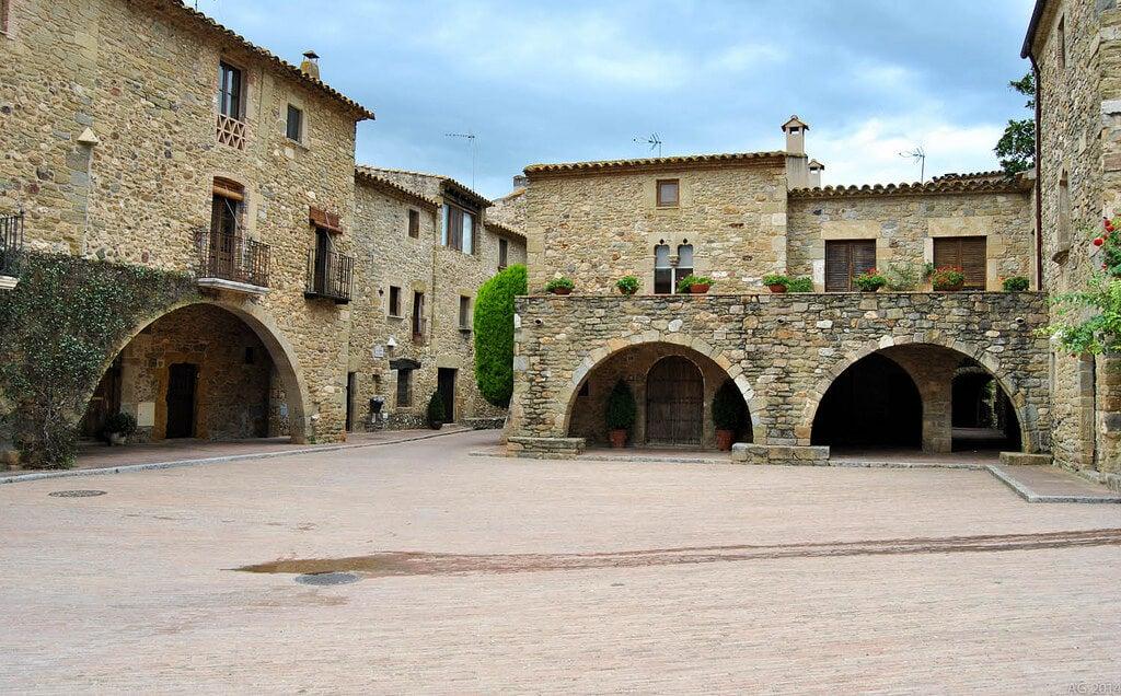 Plaza de Jaume I de Monells