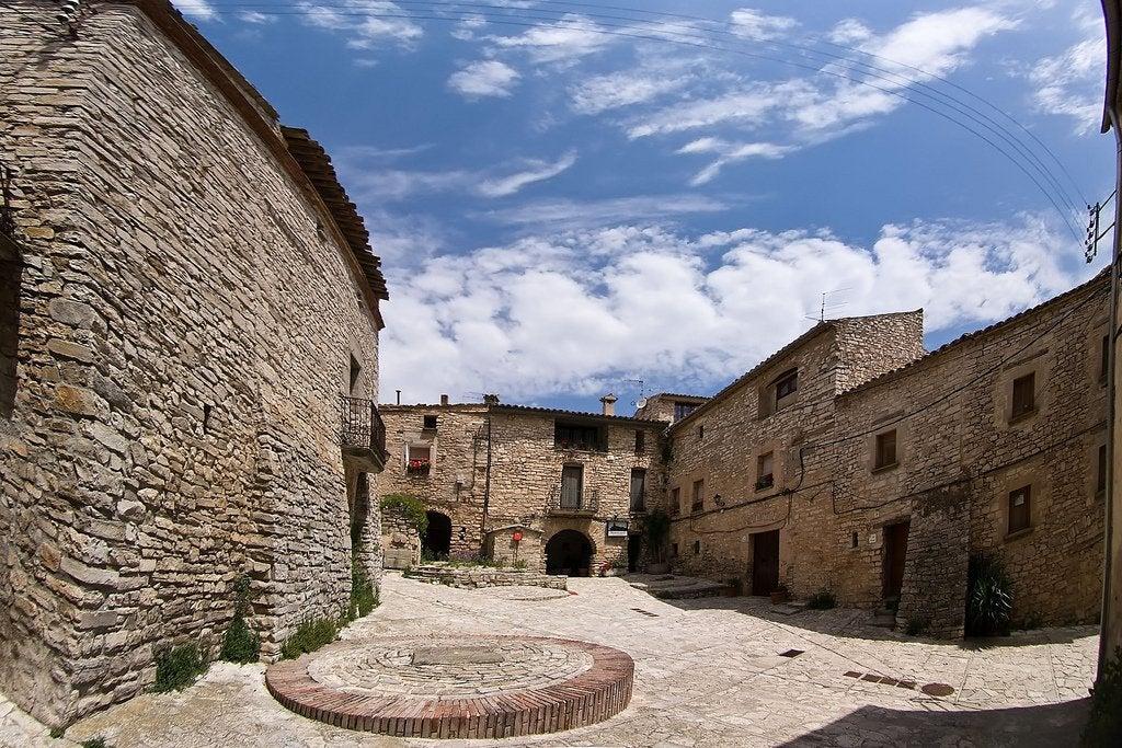 Montfalcó Murallat: una encantadora villa medieval en Lleida