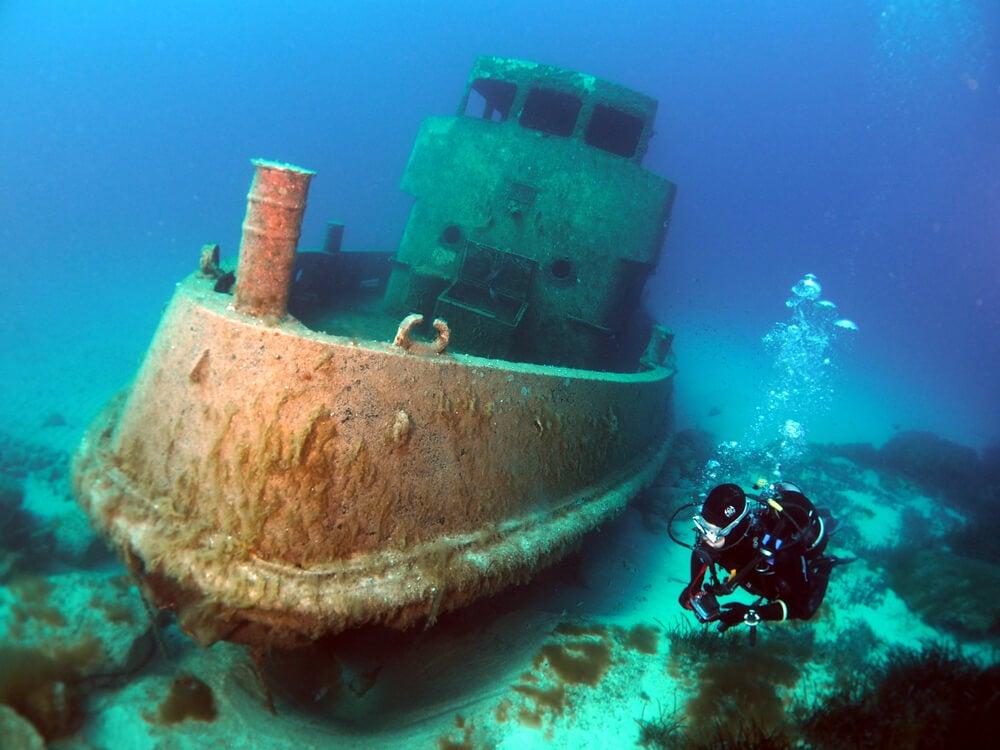 Barco hundido en Malta