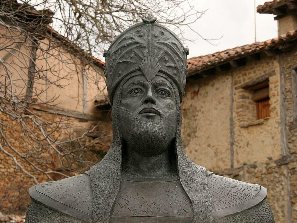Busto de Almanzor en Calatañazor
