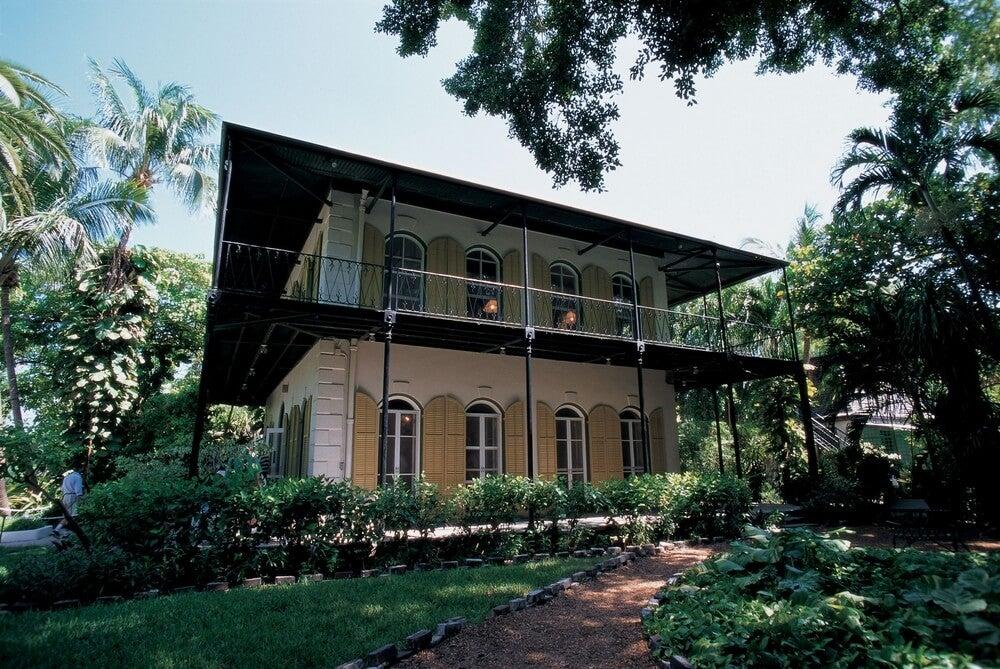 Visita la casa del escritor Ernest Hemingway