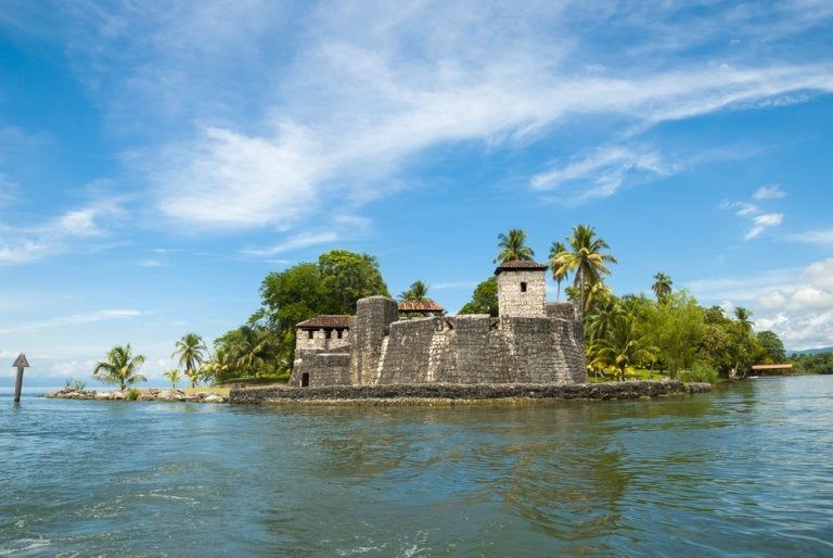 Visitamos el castillo de San Felipe de Lara en Guatemala