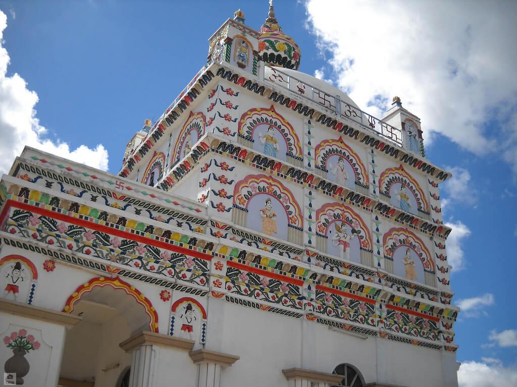 Detalle decorativo del templo