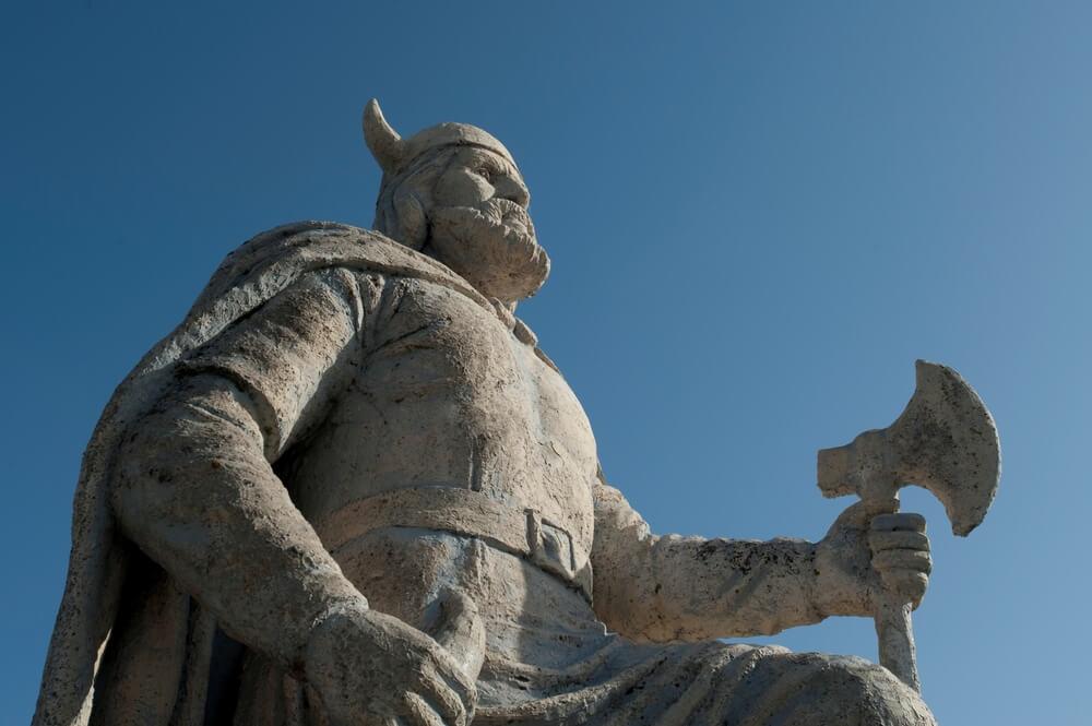 Estatua vikinga en Gimli