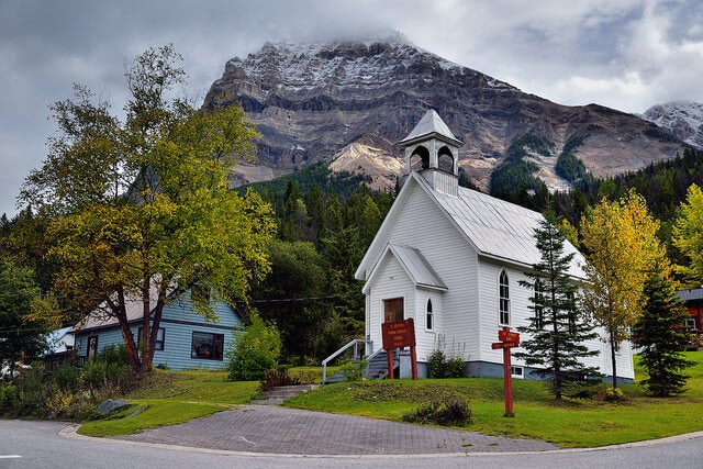 Iglesia de Field en el Parque Nacional Yoho