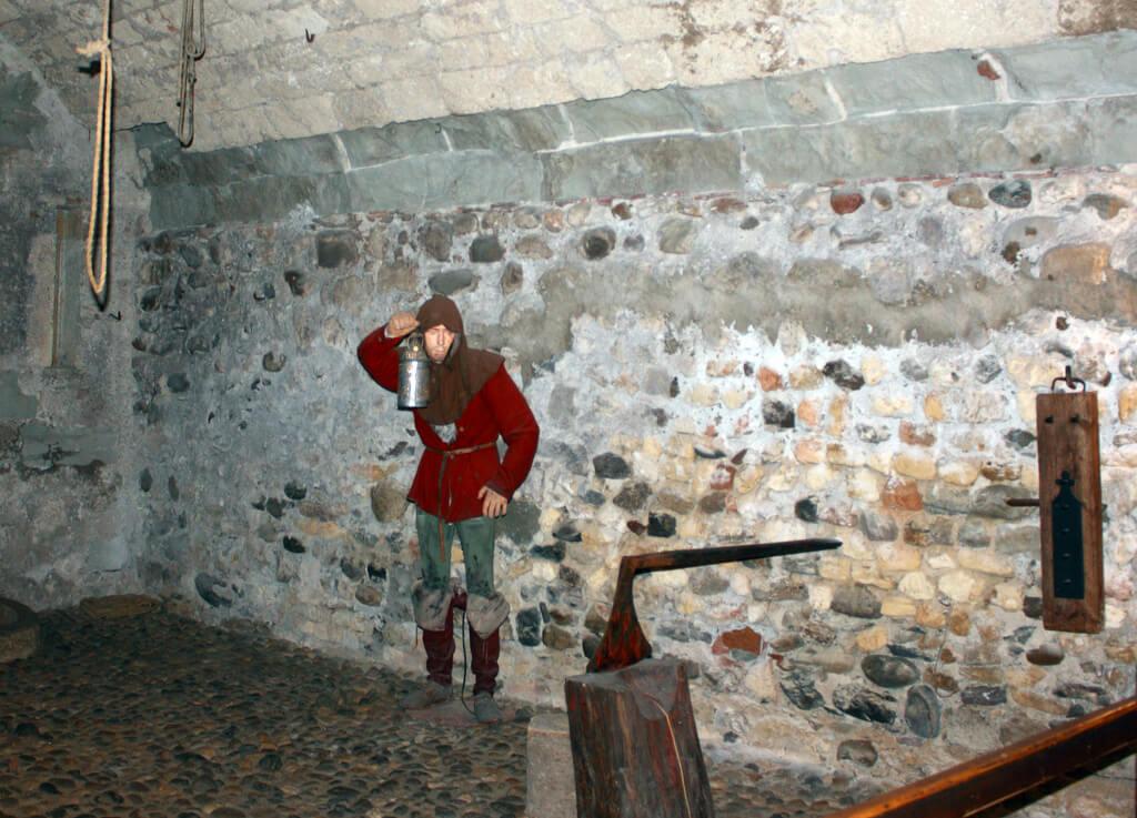 Interior del castillo de Grandson
