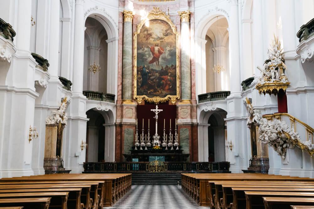 Interior de la catedral de Dresde