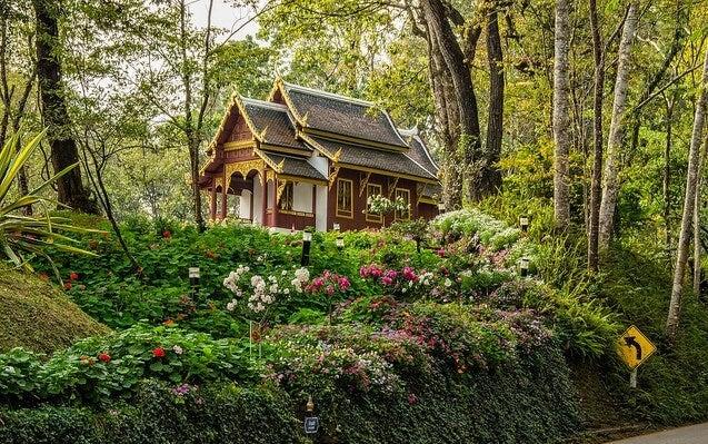Jardines de Bhubing Palace en Chiang Mai