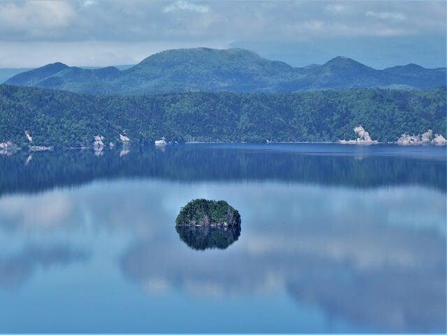 Vista de las aguas del lago Masyuko