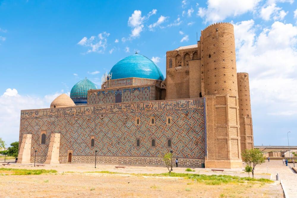 Mausoleo de Ahmad Yasawi en Turkestán