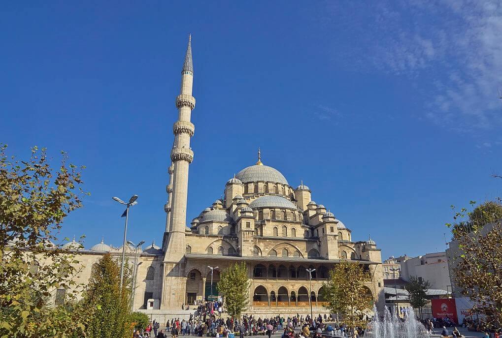 Vista de la Mezquita Nueva de Estambul