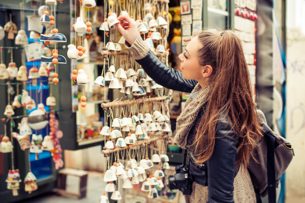 4 souvenirs que no debes comprar nunca