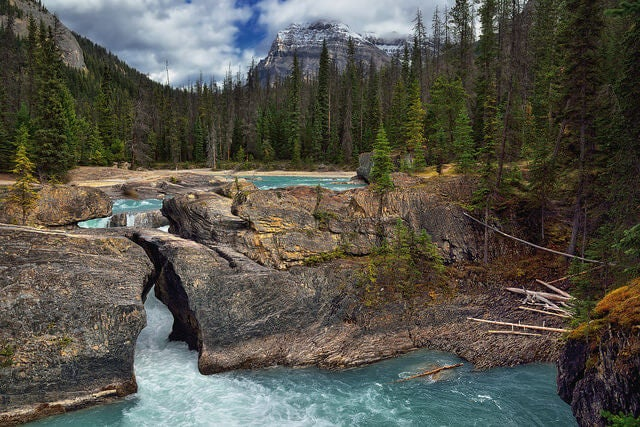 Natural Bridge en el Parque Nacional Yoho