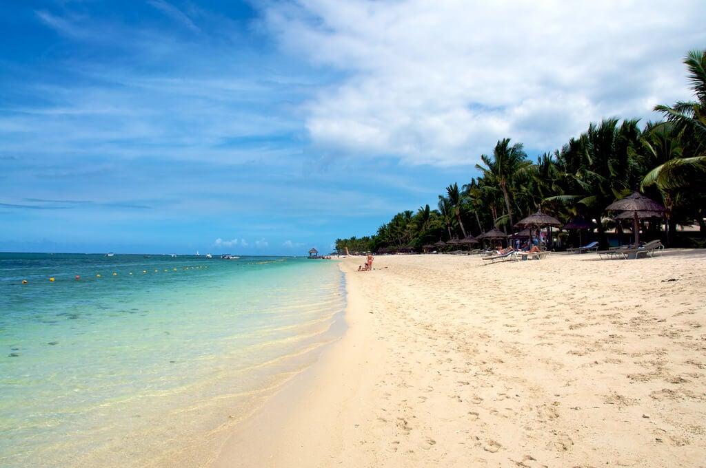 Playa cerca de Triolet