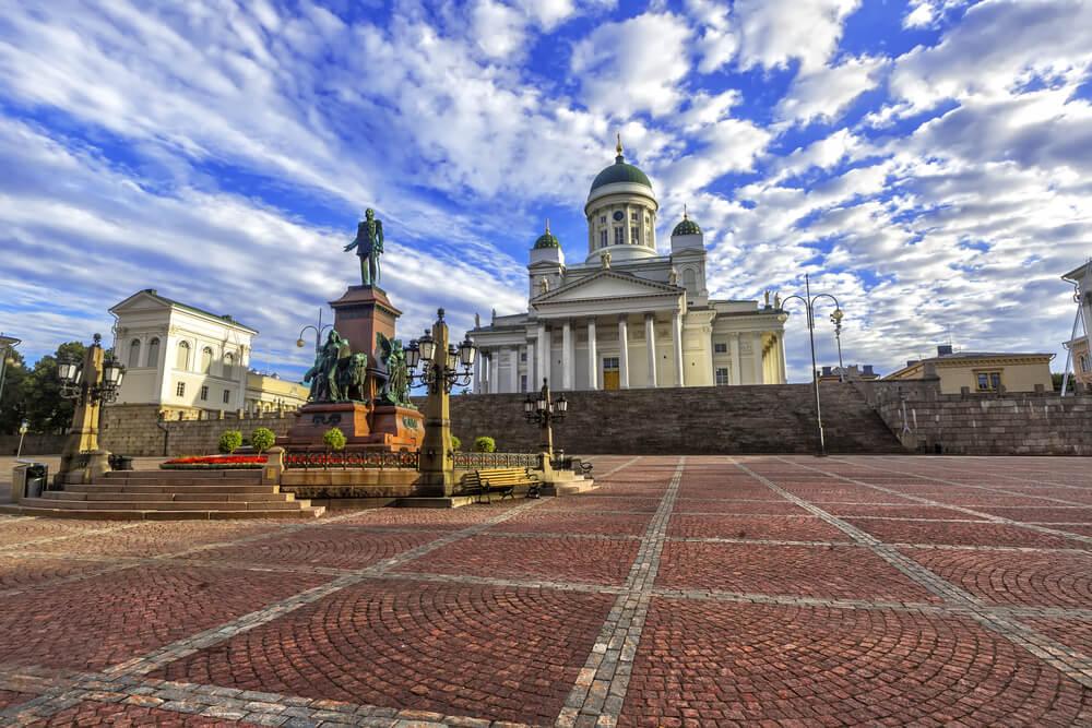 La plaza del Senado, una de las grandes atracciones de Helsinki