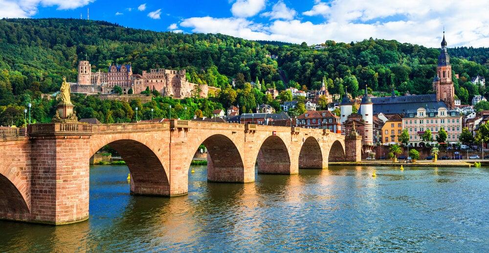 Puente de Carlos Teodoro en la ciudad de Heidelberg